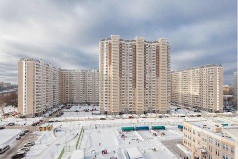 Продается Трехкомн. кв. г.Москва, Нарвская ул, 1ак1 - Фото 1