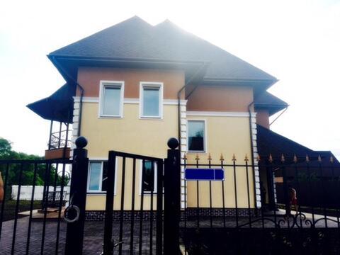 Дом 320 м2 (кирпич) на 10 сот 25 км Киевское шоссе - Фото 1