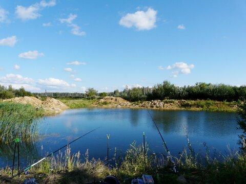 Предлагаю для организации платной рыбалки пруд 1300 кв.м на 1 Га земли - Фото 1