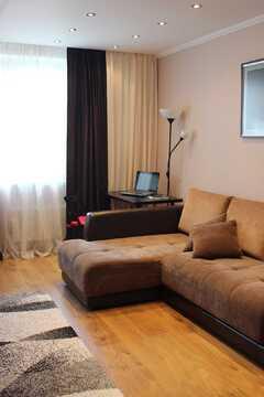 Продаётся двухкомнатная квартира евроремонтом ул. Земская,2 - Фото 1