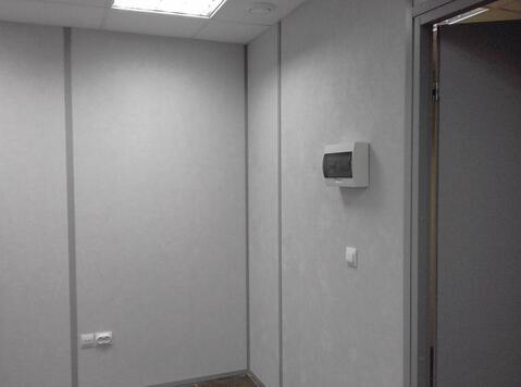 Сдается в аренду помещение, 11 м2, без окон, 2-ой эт. БЦ ул.Родионова