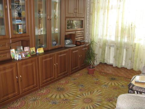 Продам 2-комнатную Щорса, ленинградка - Фото 1