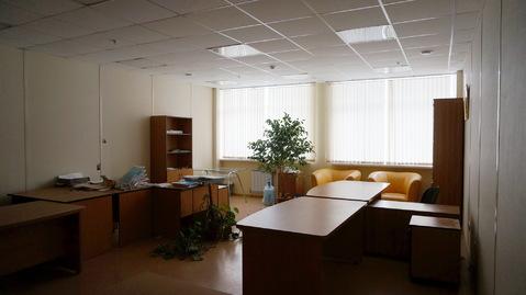 Просторный уютный офис 51,3м2 в центре города по сниженной цене. - Фото 1