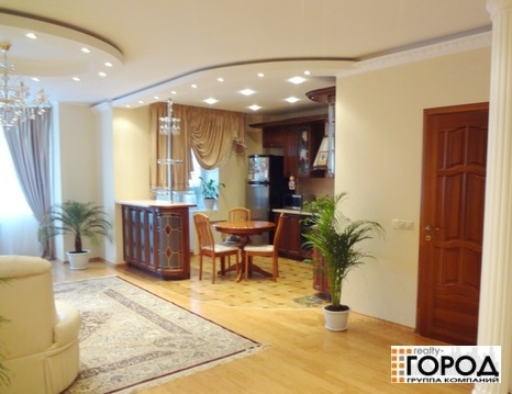 Аренда 4-х комнатной квартиры - Фото 1