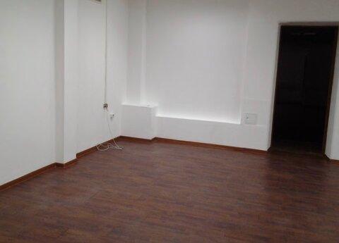 М.Полежаевская 10 м.тр , сдается офис 251 кв.м на 2 /4 здания - Фото 1