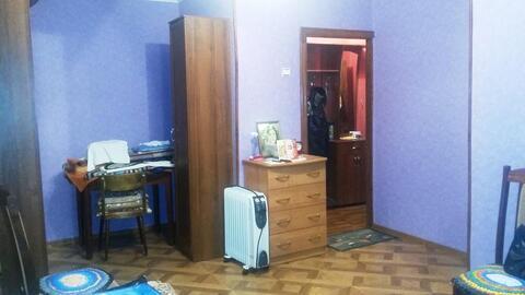 Продам 1-комн. квартиру с встроенной кухней и свежим ремонтом - Фото 3