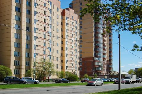 Продается трехкомнатная квартира рядом с парком - Фото 1