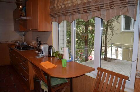 3-х комнатная квартира вблизи Приморского парка, с двориком - Фото 5