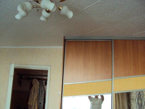 Продам 2х-комнатную 43 кв.м. 2/5, Парковая 33 - Фото 2