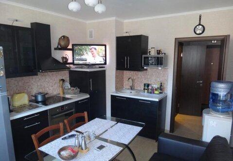 Сдаётся Двухкомнатная квартира у м.Парнас - Фото 1