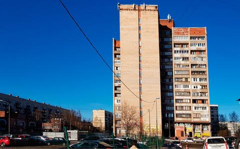 Объявление №44240242: Продаю комнату в 7 комнатной квартире. Санкт-Петербург, ул. Жени Егоровой, 3, к 1,
