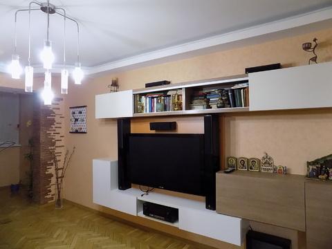 Трехкомнатная квартира в Ялте ул. Кривошты. - Фото 1
