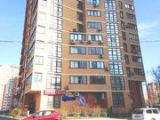 Продажа трехкомнатной квартиры по ул. Дыбенко - Фото 1