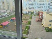 1 комнатная квартира С ремонтом в центре 6 мкрна п. Солнечный выгодно - Фото 2