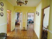 Предлагаю купить 4-комнатную квартиру в кирпичном доме в центре Курска, Купить квартиру в Курске по недорогой цене, ID объекта - 321482664 - Фото 11
