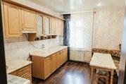 Продается крупногабаритная трехкомнатная квартира в лучшем районе г. С