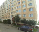 Продается просторная двухкомнатная квартира с качественным ремонтом. - Фото 1