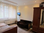 Продаю 1-комнатную квартиру с гаражом на ул. Яблочная, д. 13 - Фото 1