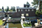 Коттедж в стиле замок с банкетным залом рядом озеро и гор курорт - Фото 1