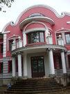 Дом в Москве с лесным участком
