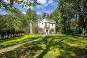 Сдается великолепный дом в колониальном стиле в Серебряном Бору