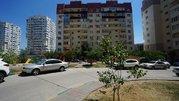 Купить квартиру в монолитном доме с ремонтом в Южном районе., Купить квартиру в Новороссийске по недорогой цене, ID объекта - 321344312 - Фото 1