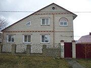 Двухэтажный коттедж в поселке Пролетарский