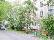 3-комнатная квартиира на Гамарника, ср.эт - Фото 1