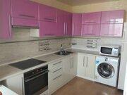 Продажа двухкомнатной квартиры на улице Строителей, 66 в Благовещенске