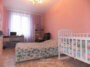К продаже предлагается уютная 2-комнатная квартира-сталинка общей .
