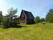 Маленький домик в очень живописном месте рядом с лесным озером - Фото 2