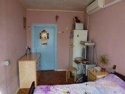 Продам отличную комнату с застекленным балконом в центре города - Фото 2