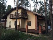 Дом-шале построен по авторскому проекту в стиле альпийского шале, с га - Фото 1