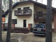 Дом-шале построен по авторскому проекту в стиле альпийского шале, с га - Фото 5
