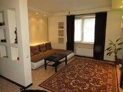 Продается 3-х комнатная квартира, ул. Кожедуба, д.10 (мкр. Авиаторов) - Фото 2