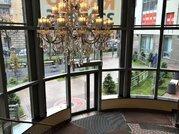 Продажа видовой двухкомнатной квартиры в Петроградском районе - Фото 1