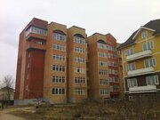 Продам в центре Малоярославца 2-х уровневую квартиру с гаражем - Фото 1