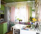 Продаю! хорошую квартиру В отличном районе города волжского. теплая 2- - Фото 1