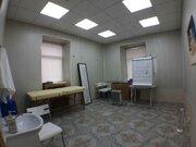Врачебный кабинет 20 кв.м. в действующей клинике.