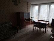 Продается 1-комнатная квартира в Василеостровском р-не, ул. Кораблестр