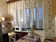 Продажа квартиры в добротном кирпичном доме с двумя выходами на лоджию - Фото 4