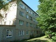 Продается комната с ок, ул. Калинина, Купить комнату в квартире Пензы недорого, ID объекта - 700750647 - Фото 1