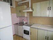 Продается 2 (двух) комнатная квартира, мкр. Дзержинского, д. 17 - Фото 1