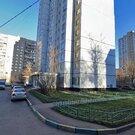 39 кв.м : комната 19 кв.м , кухня 8 кв.м , балкон , просторный коридор - Фото 1
