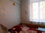 Продается комната в трехкомнатной квартире, в пешей доступности до ж/д