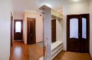Купить квартиру с новым ремонтом и мебелью в доме монолитном доме. - Фото 1