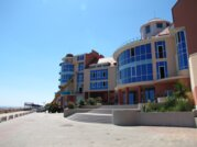 Продам недвижимость с отделкой (102м2) в 20 метрах от пляжа. - Фото 1