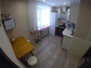 Продам двухкомнатную квартиру в районе станции.