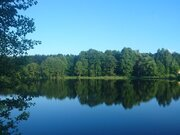 Участок с панорамный видом, расположенный на берегу большого озера - Фото 3