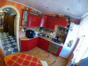 Продаётся 3х комнатная квартира улучшенной планировки - Фото 1